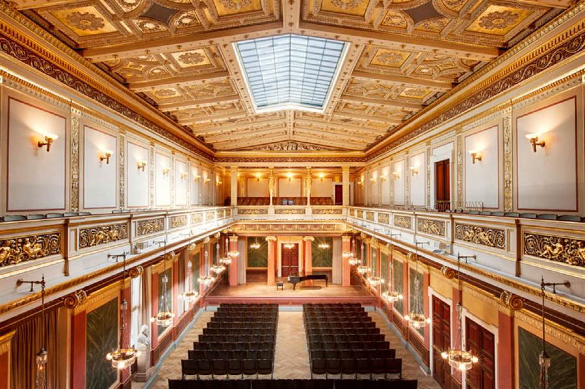 VIENNESE CLASSIC IN THE MUSIKVEREIN